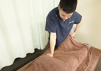 スタッフ全員が国家資格である柔道整復師や鍼灸師の資格を保有しております。